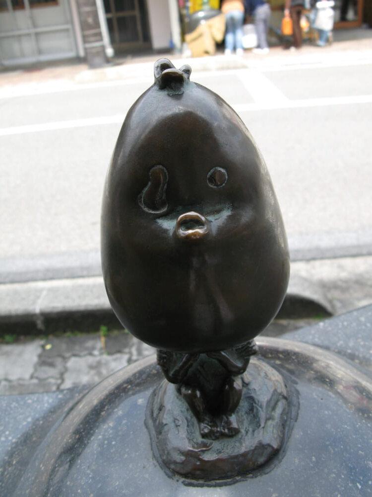 カシャボのブロンド像の写真